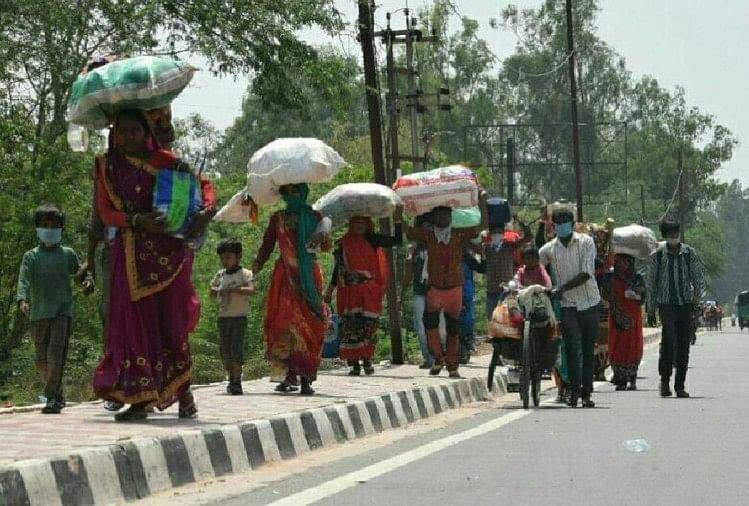घर पहुंचने की उम्मीद में प्रवासी श्रमिक
